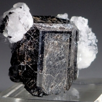 Calcite On Titanite