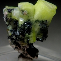 Ettringite With Manganite & Gaudefroyite Inclusions