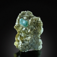Aquamarine On Muscovite With Fluorite & Quartz