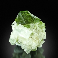 Titanite On Quartz