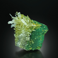 Gypsum With Inclusions
