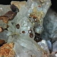Smithsonite Var Moheimite & Quartz