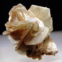Baryte With Mimetite