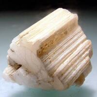 Beryllonite