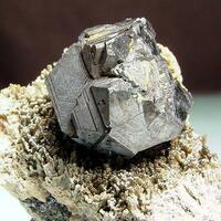 Sphalerite & Johannsenite