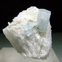 Aquamarine & Cleavelandite