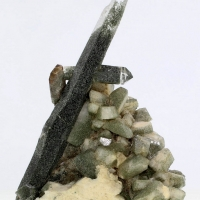 Quartz With Pericline & Chlorite