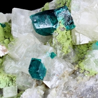 Dioptase Duftite & Calcite