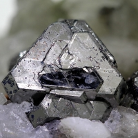 Carrollite & Chalcopyrite