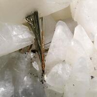 Millerite & Calcite