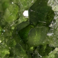 Chrome-Vesuvianite