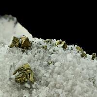 Manganoan Calcite Quartz & Chalcopyrite