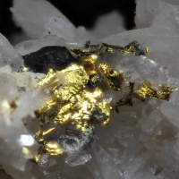 Orthobrannerite On Native Gold