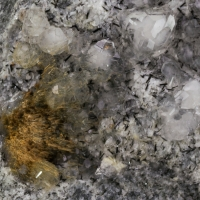 Sazhinite Natrolite & Analcime