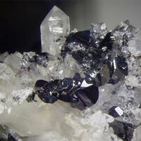 Hübnerite Chalcopyrite & Quartz
