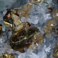 Chalcopyrite Quartz & Siderite
