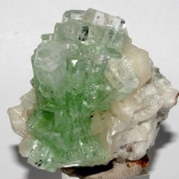 Fluorapophyllite-(K) On Stilbite-Ca