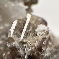 Axinite-(Mg)