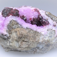Roselite On Cobaltoan Calcite