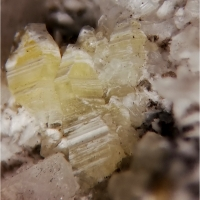 Weloganite & Dawsonite