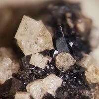 Babingtonite & Chabazite-Ca