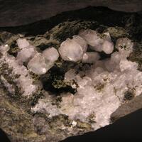 Thomsonite & Phillipsite