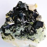 Babingtonite With Prehnite & Epidote & Quartz & Calcite