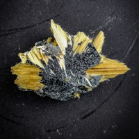 Hematite With Rutile