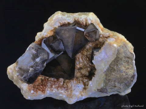 Mineral Images Only: Smoky Quartz