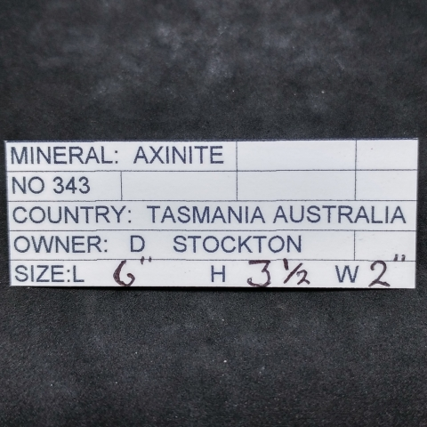 Label Images - only: Axinite-(Fe)