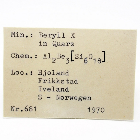 Label Images - only: Beryl In Quartz