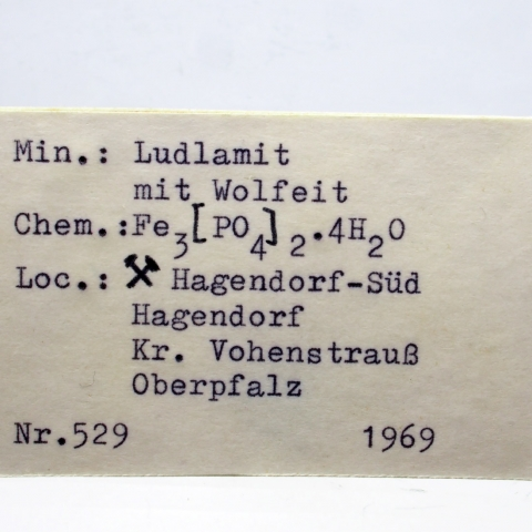 Label Images - only: Ludlamite & Wolfeite