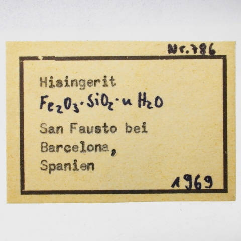 Label Images - only: Hisingerite
