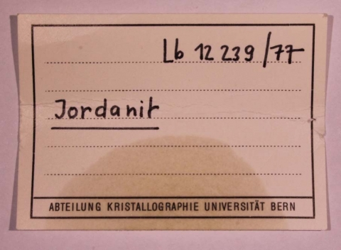 Label Images - only: Jordanite