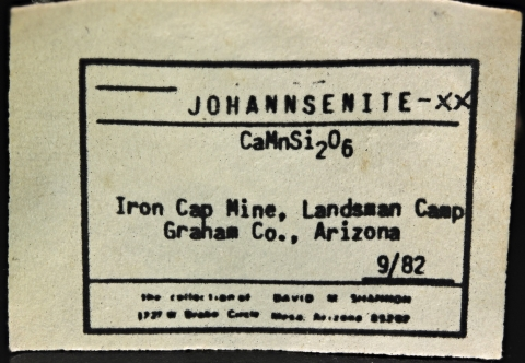 Label Images - only: Johannsenite