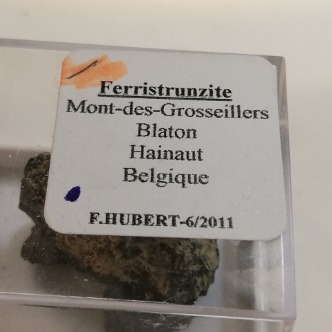 Label Images - only: Ferristrunzite