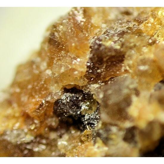 Ferri-ghoseite & Pyroxmangite