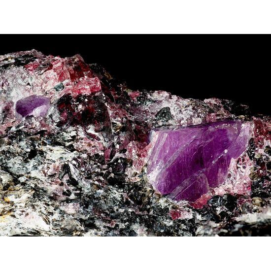 Ruby & Pyrope On Muscovite