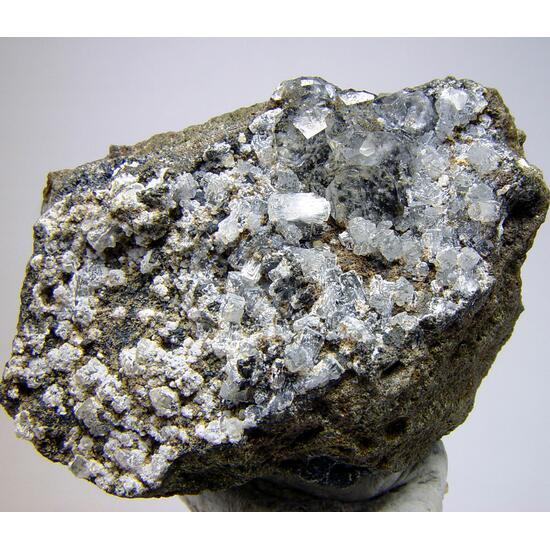 Thomsonite-Ca & Analcime