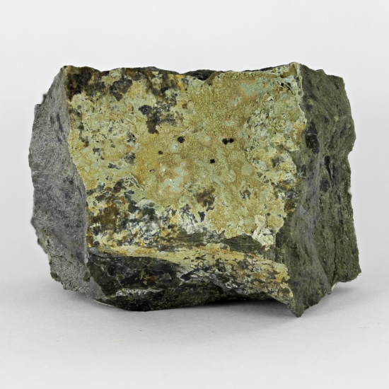 Magnetite With Lizardite