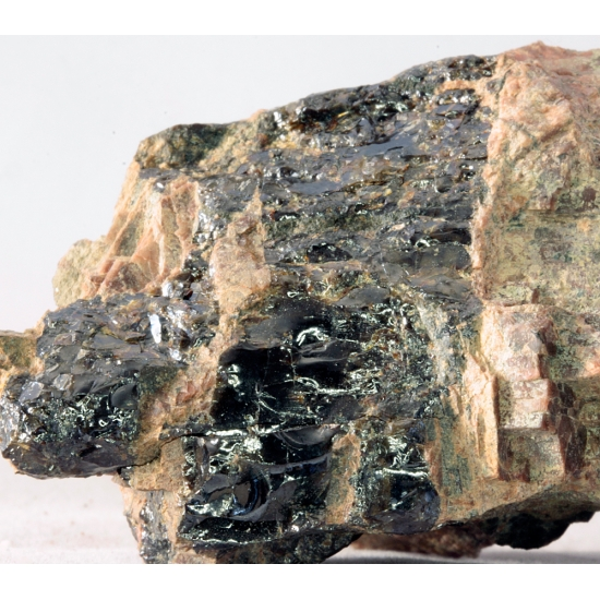 Fergusonite