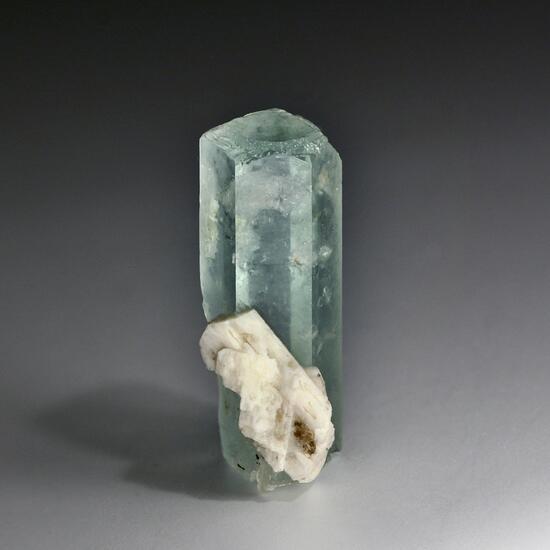 Aquamarine & Pericline