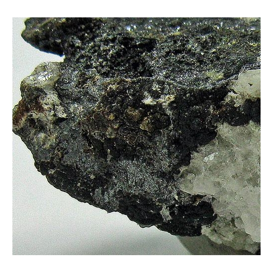 Pyrargyrite & Arsenolite & Picropharmacolite