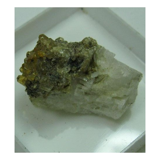 Hydroxylherderite On Cleavelandite