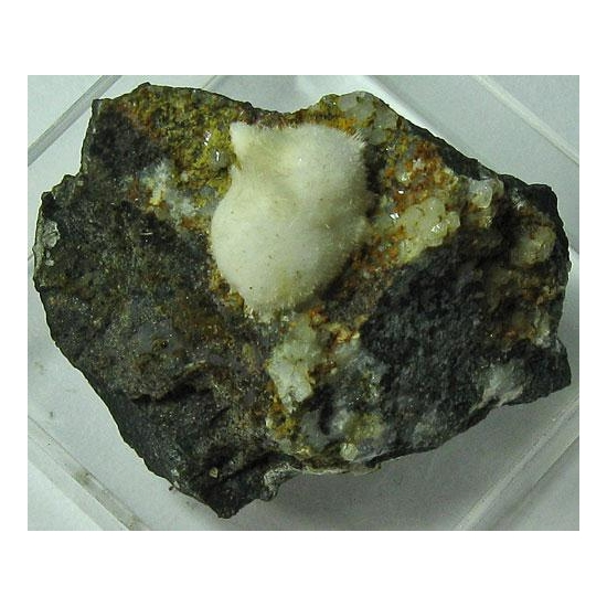 Natrolite & Fluorapophyllite