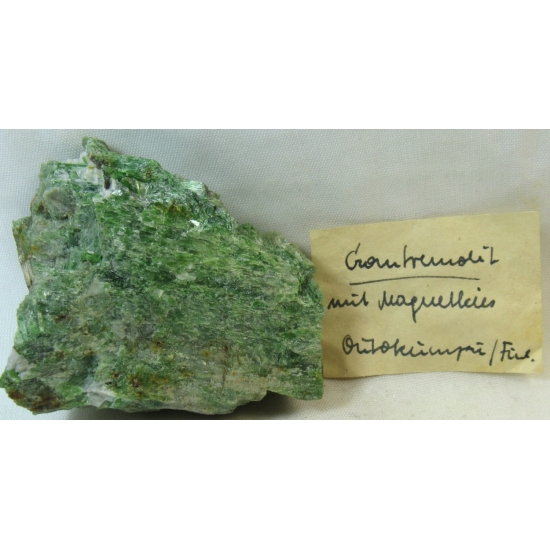 Chrome-Tremolite & Magnetite