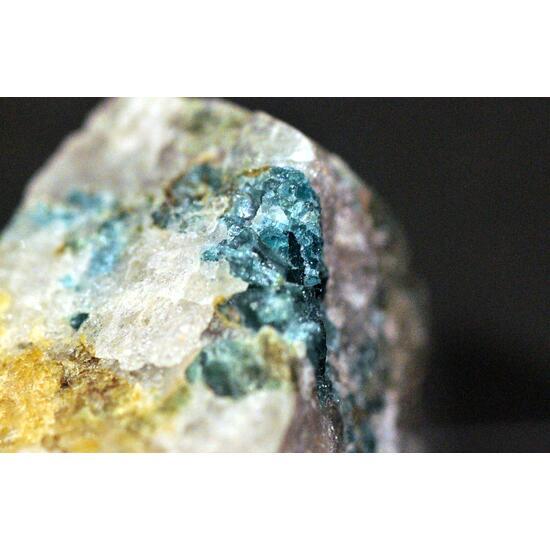 Vesuvianite Var Cyprine & Thulite