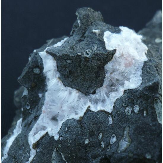Mesolite Thomsonite & Chabazite