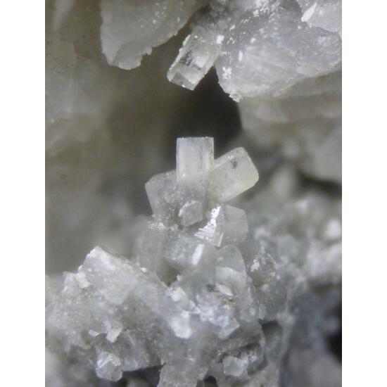 Harmotome Brewsterite-Sr & Calcite
