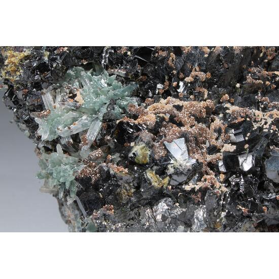 Sphalerite & Prase